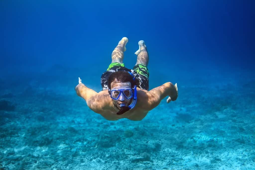 Diving deep with snorkel mask and having to equalize