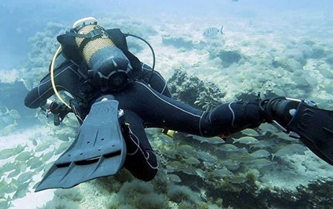 Diving with Jet Fins from Scubapro