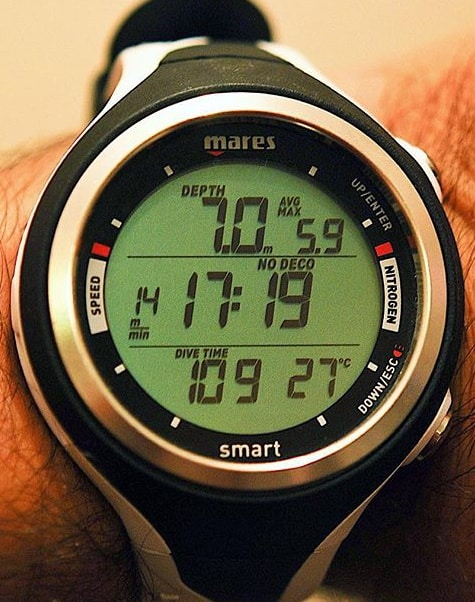 Smart by Mares - Scuba Computer that is worn like a wristwatch