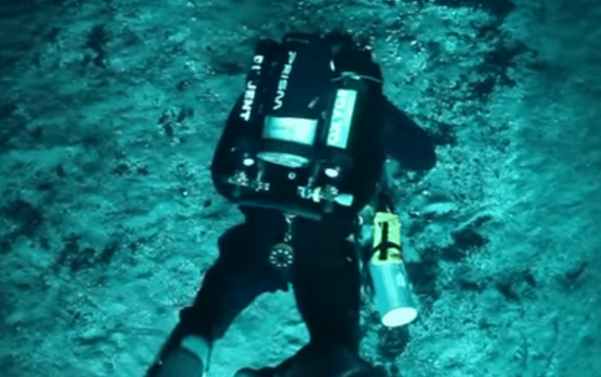 Diving with a rebreather - Closed Circuit breathing system allowing you to dive without bubbles. Monitoring and adherence to a specific PPO set point with oxygen sensors and computers are part of it.