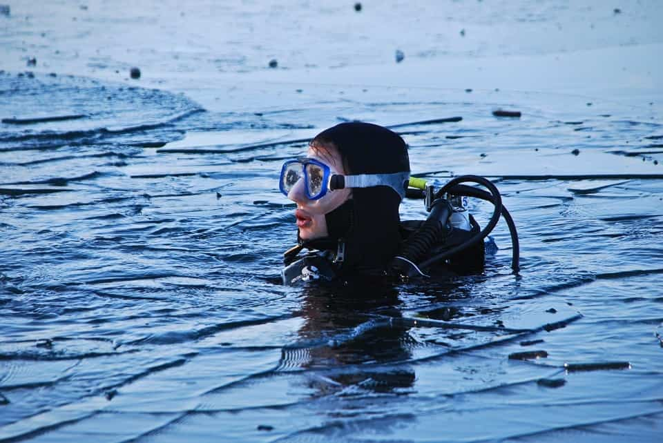 Break through ice when diving