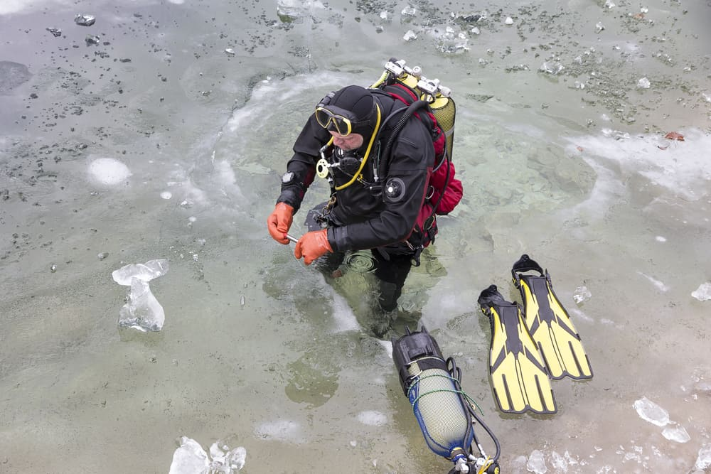 Preparing for an ice dive