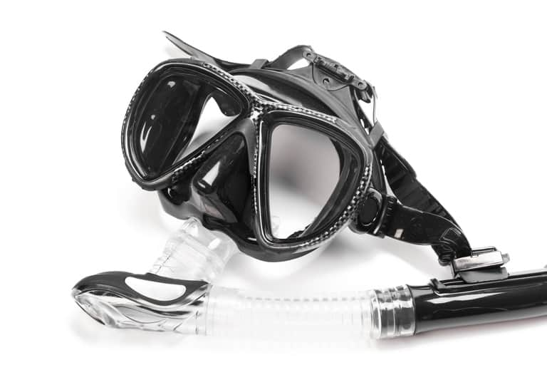 Keeping a Snorkel Mask Fog Free
