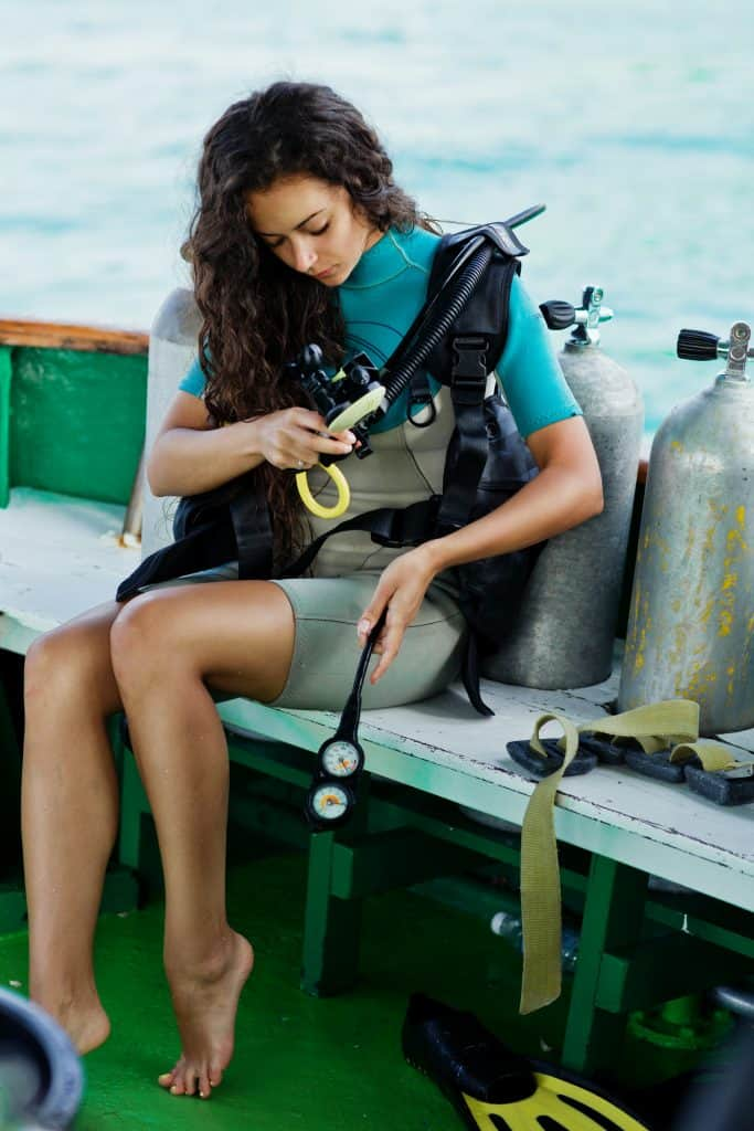 Checking and maintaining dive equipment