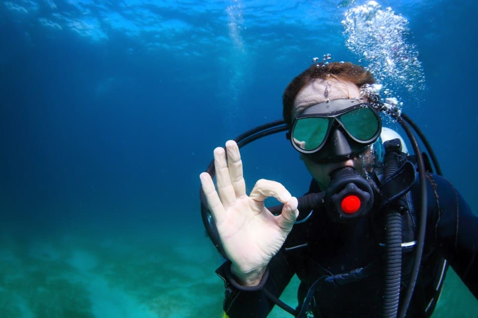 Preventing ear issues when diving