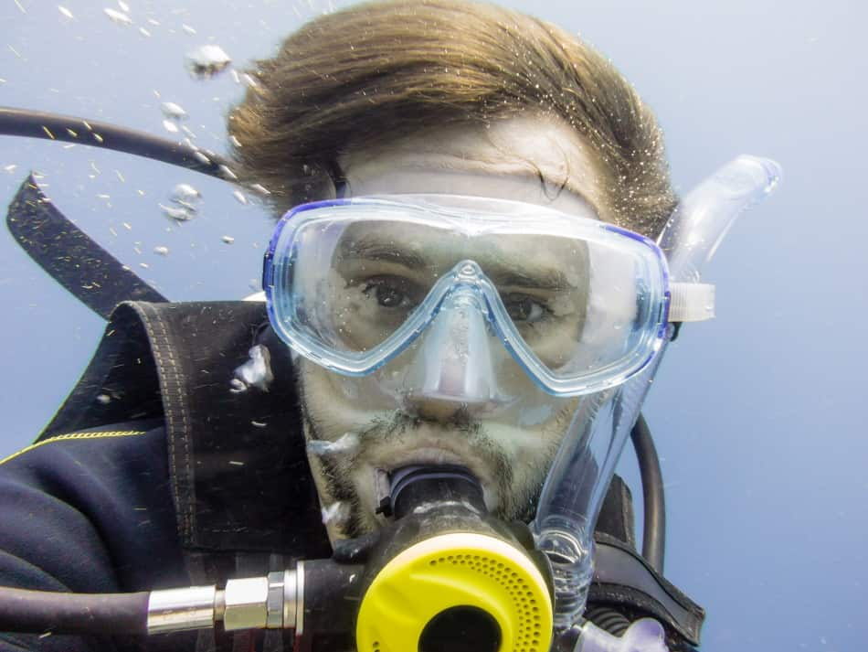 Are polarized scuba masks better