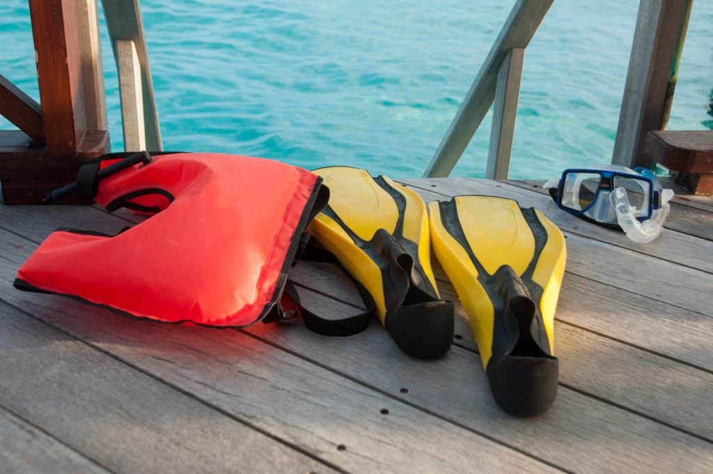 Short paddles are better for snorkeling