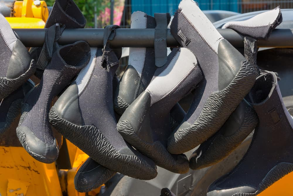What you need to know when buying scuba booties!
